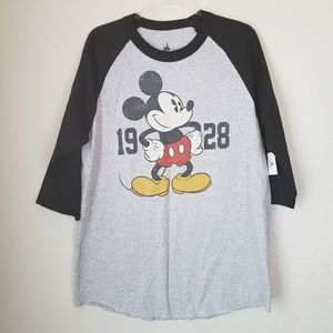 Mickey Mouse Disneyland Resort Raglan Shirt